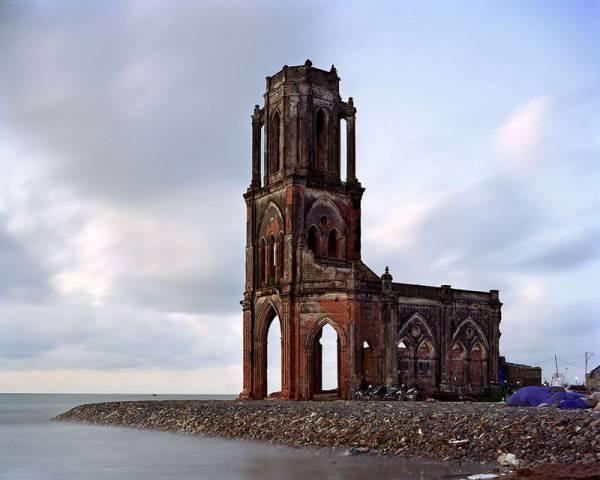 Eglise-du-sacre-coeur-delta-du-fleuve-rouge-Vietnam.jpg